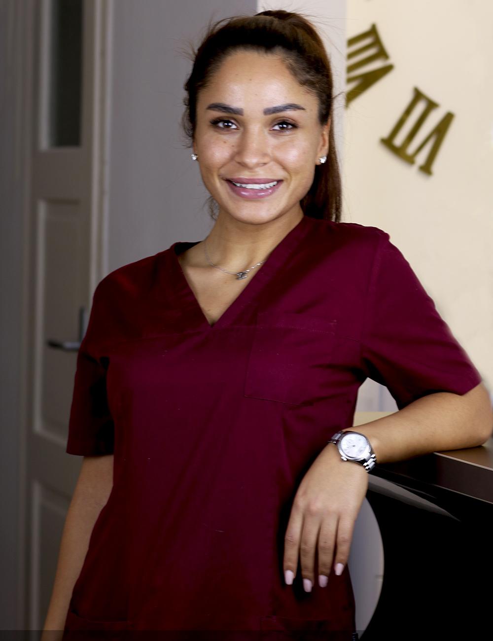 Zahnmedizinische Fachangestellte Damla